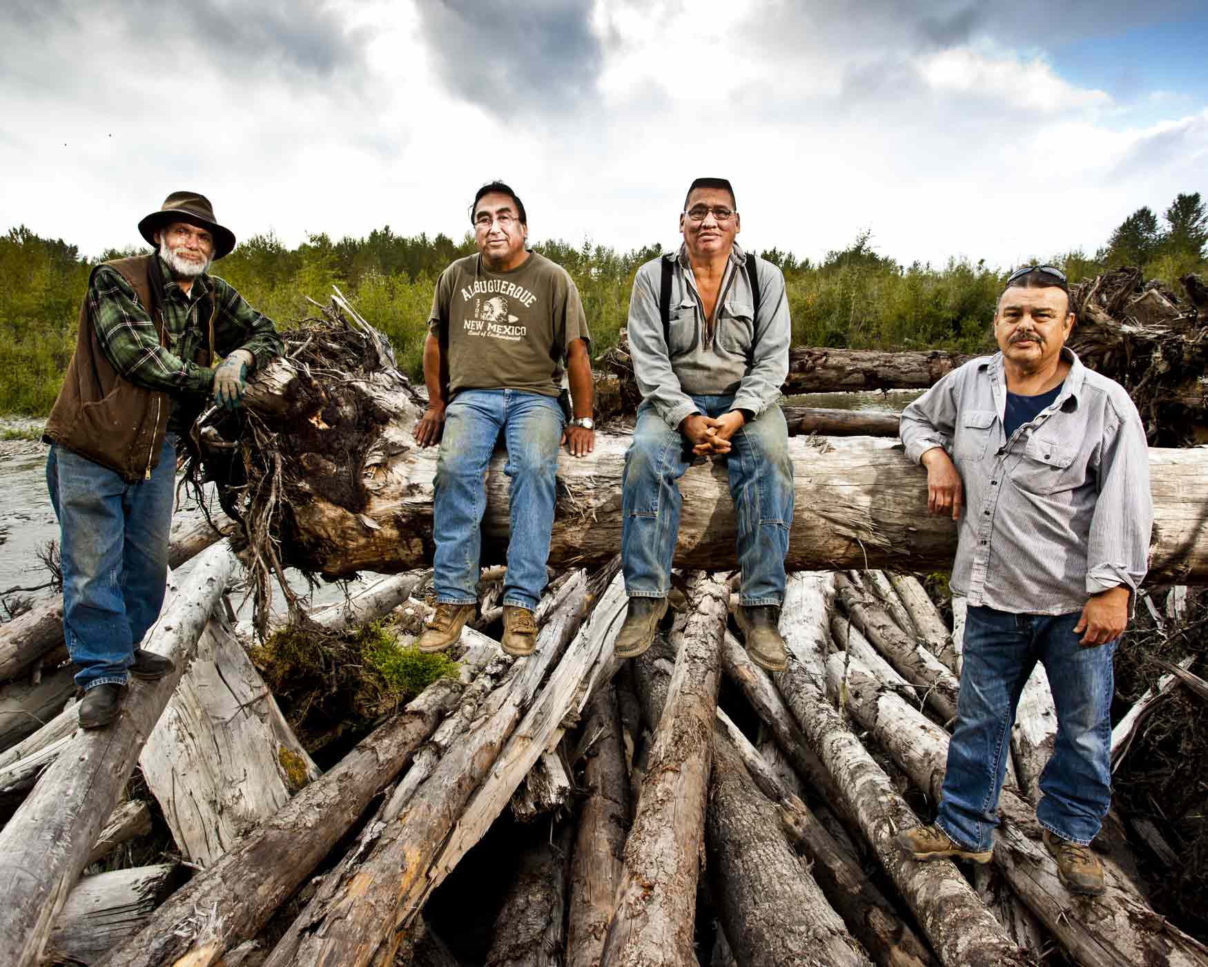 smale-Elwha-dams-River-Restoration-Crew-24.jpg